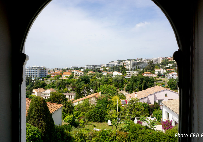 Domaine Sainte Hélène vu du Chateau Barla